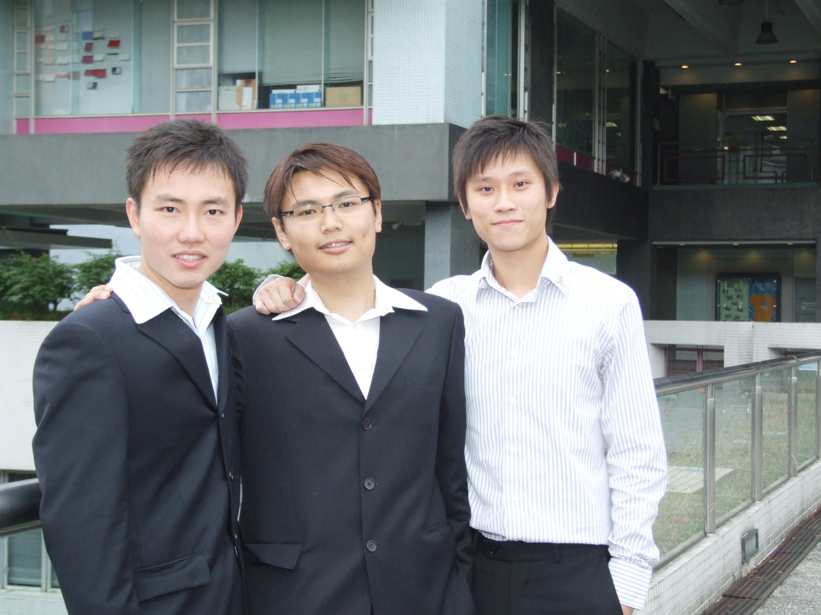 刘晓俊、许志达和孙坚迪(由左至右)均接获月薪四万元以上的聘书。