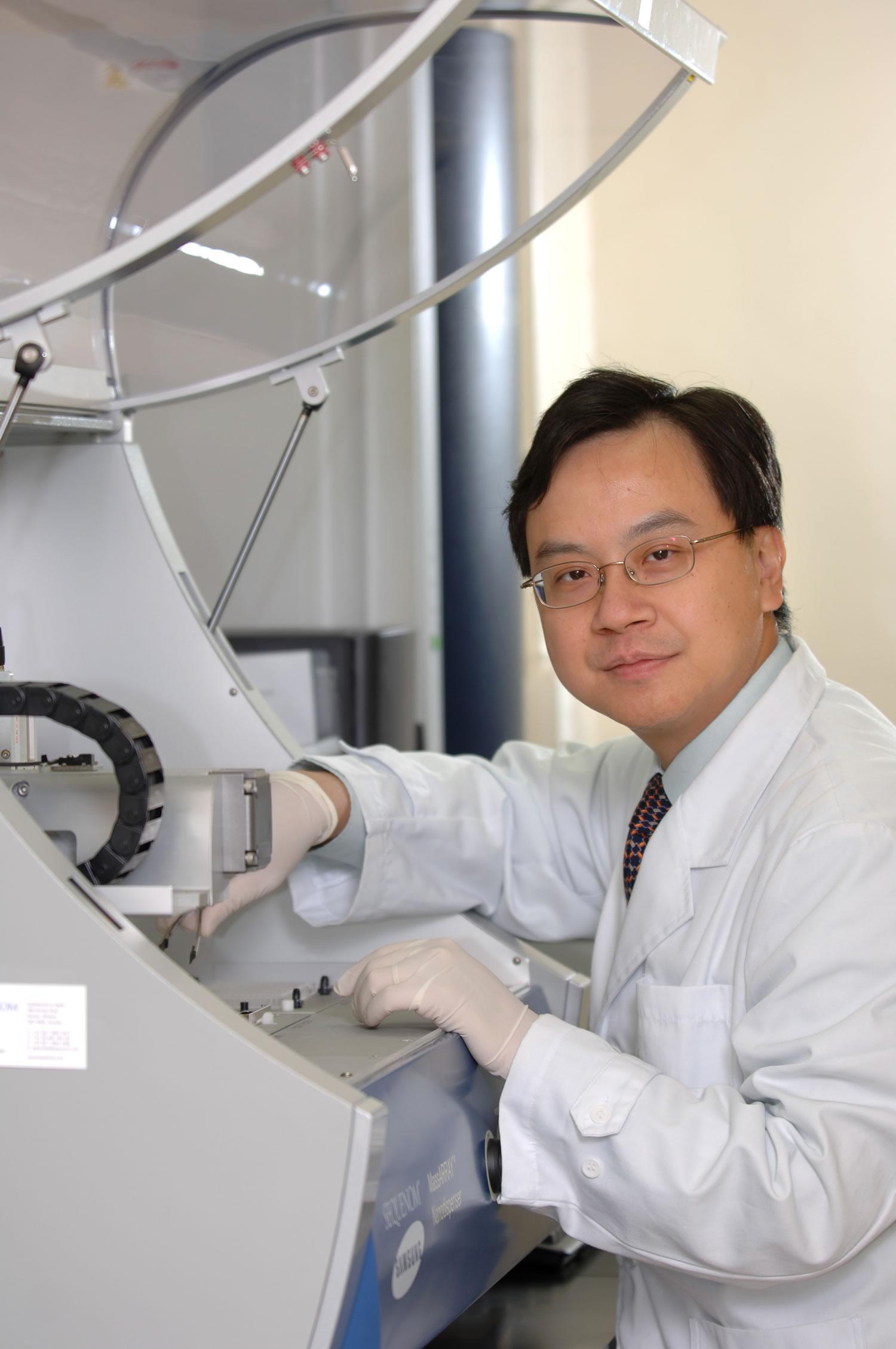 Prof. Dennis Y.M. Lo, Li Ka Shing Professor of Medicine and Professor of Chemical Pathology, Faculty of Medicine, CUHK