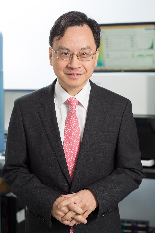 盧煜明教授