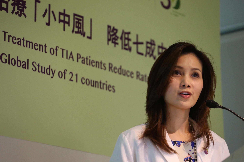 中大醫學院內科及藥物治療學系臨床專業顧問蘇藹欣醫生表示「小中風」是出現嚴重中風的警號。