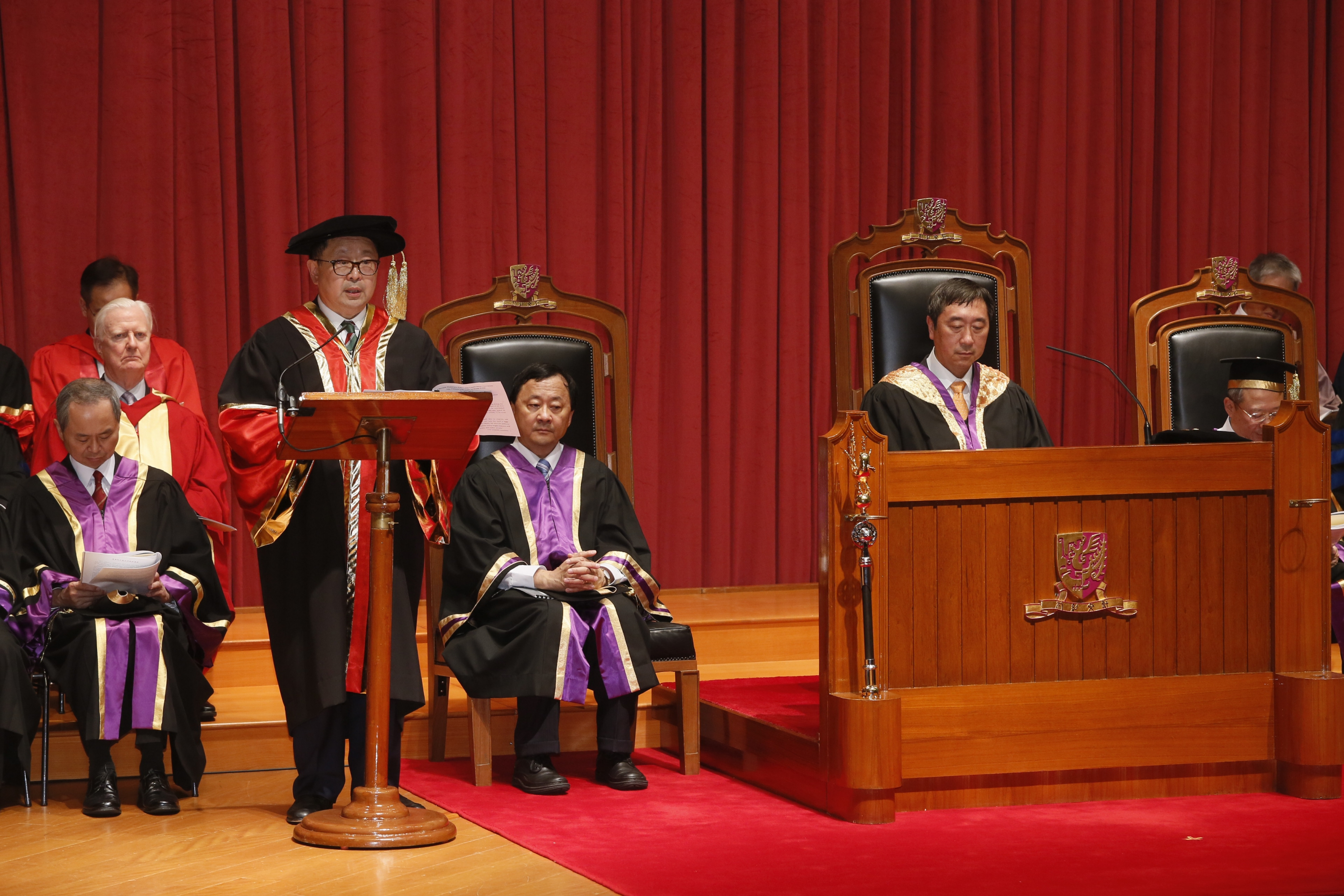 Dr. Li Kwok-tung, Donald delivers an address.
