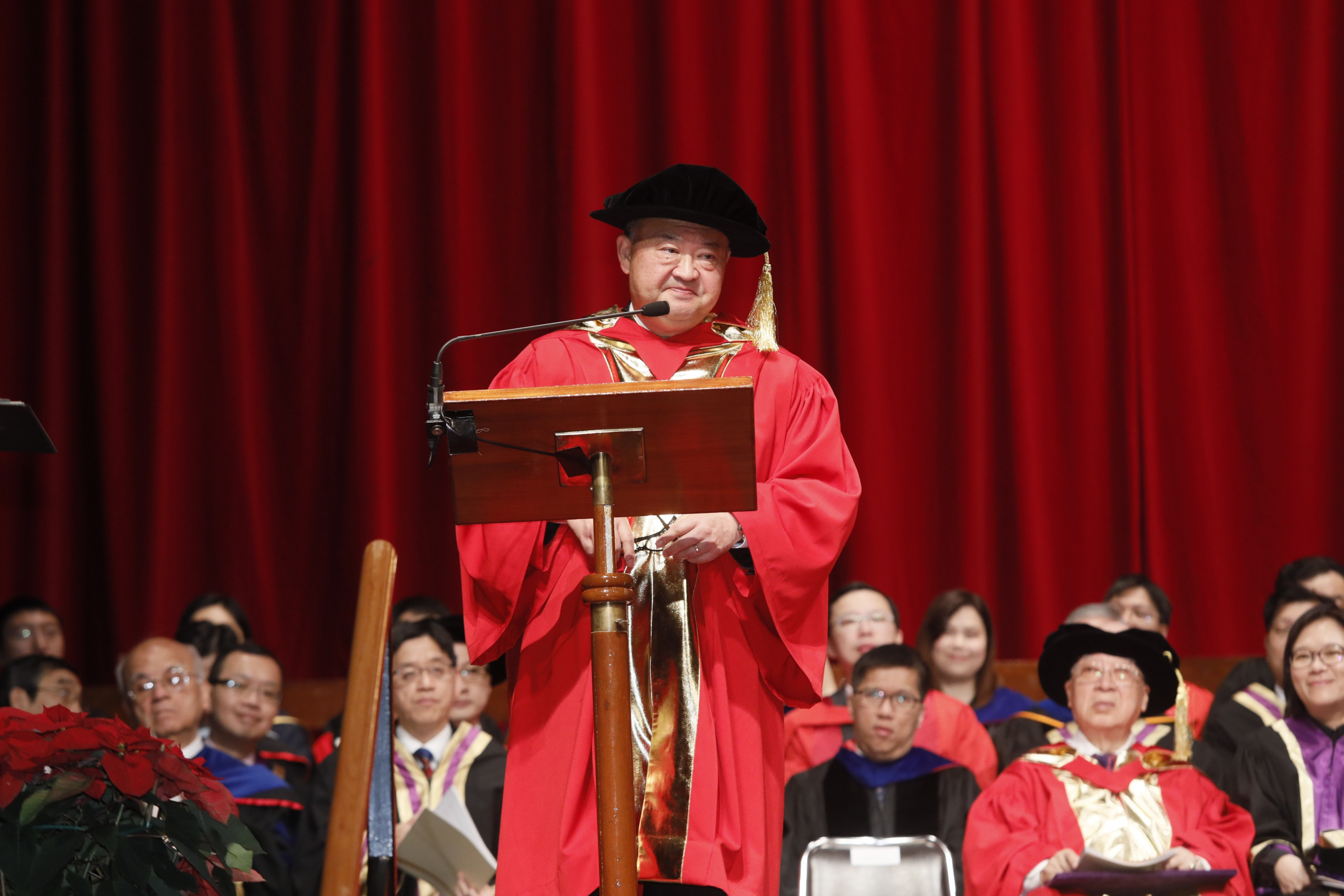 The Honourable Chief Justice Ma Tao-li, Geoffrey delivers a speech.