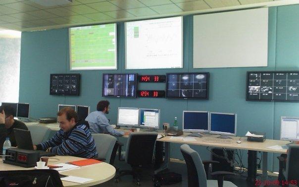 Virgo重力波探測器控制室。