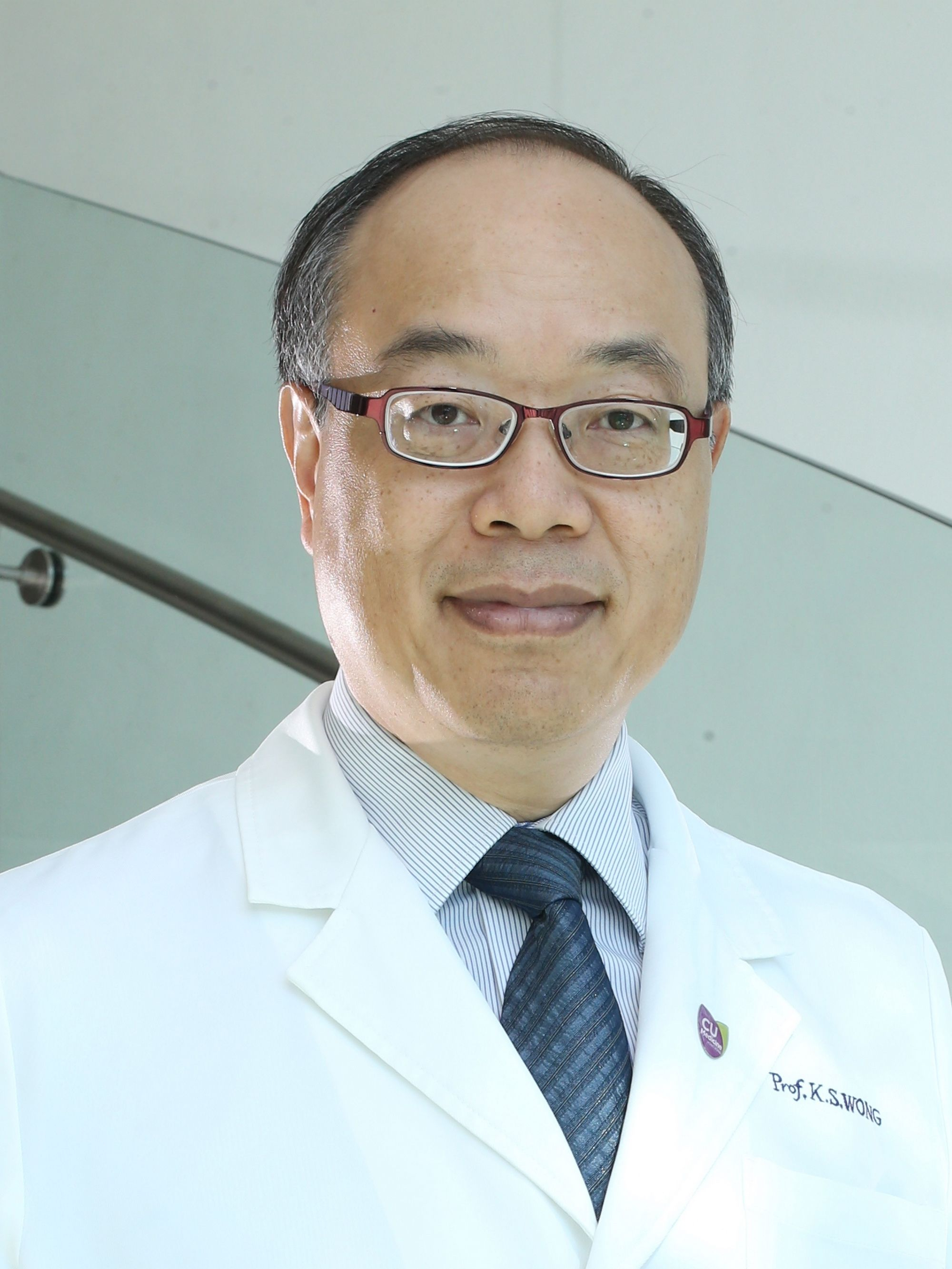 Prof. Lawrence WONG, Clinical Professor (honorary) of the Department of Medicine and Therapeutics at the Faculty of Medicine at CUHK, is very encouraged about the recipient of the State Scientific and Technological Progress Award second-class award. He is also confident that the development of stroke therapy will continue to improve through researches.