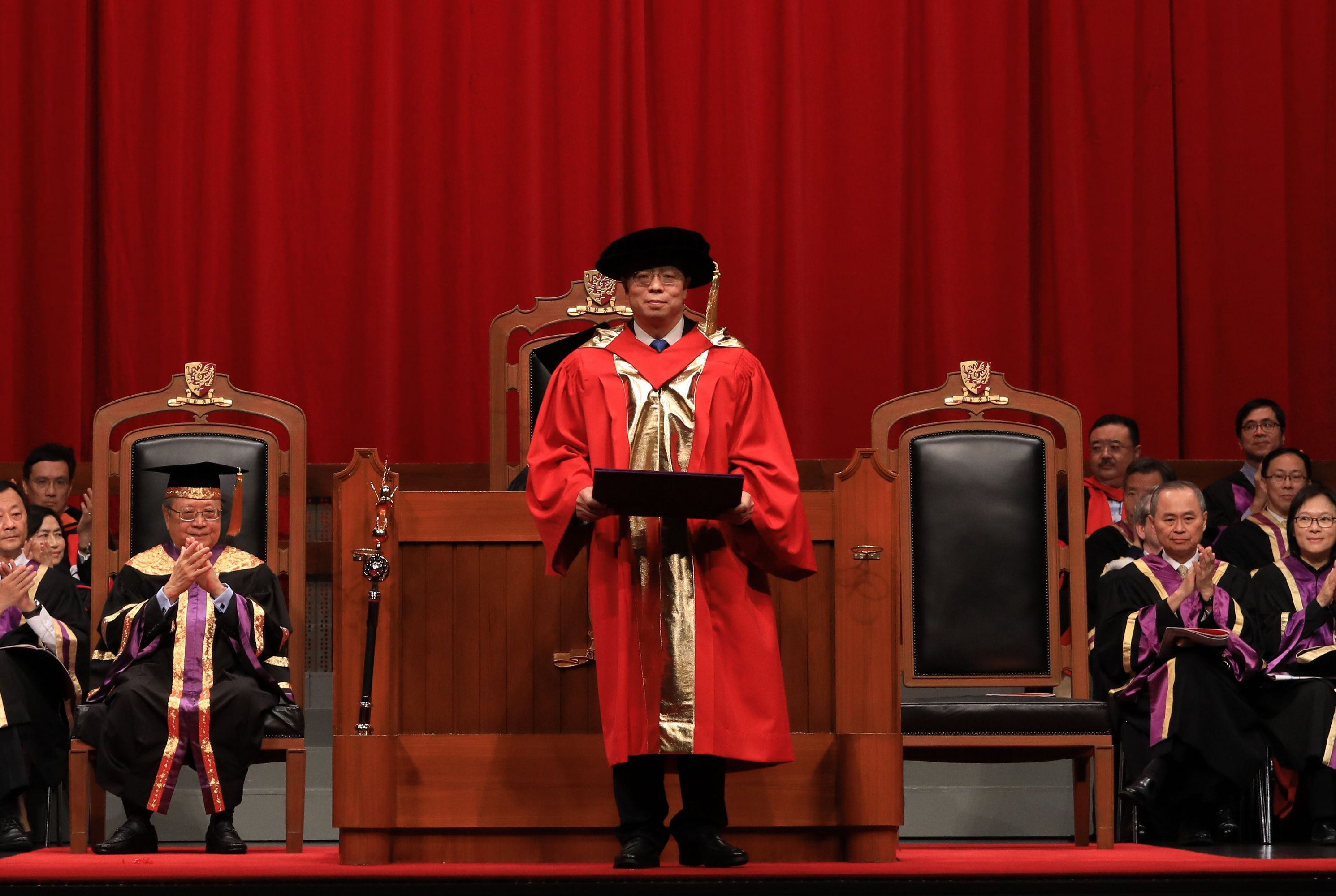 Professor Qiu Yong receives the degree of Doctor of Science, honoris causa