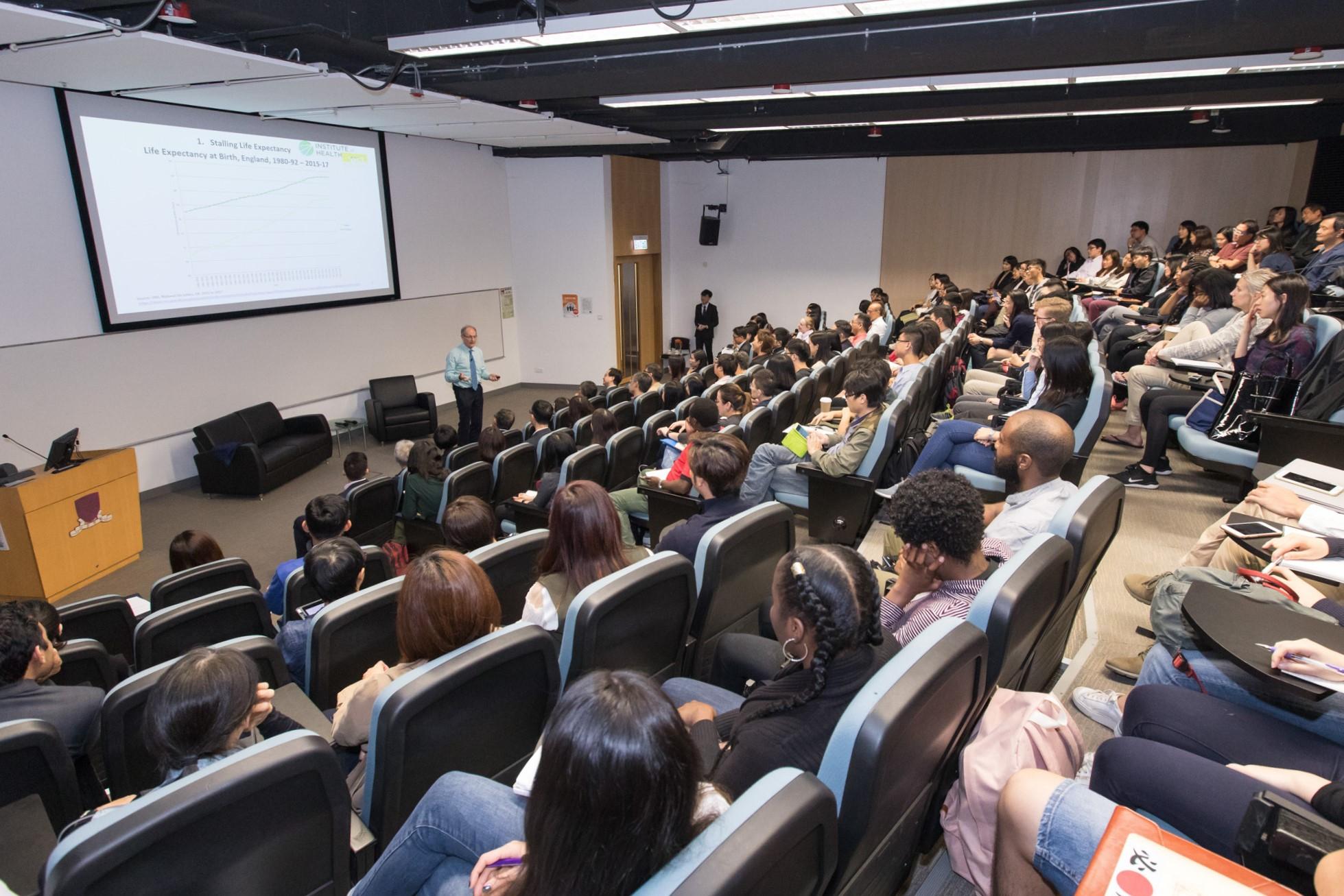 講座吸引逾150位參加者。