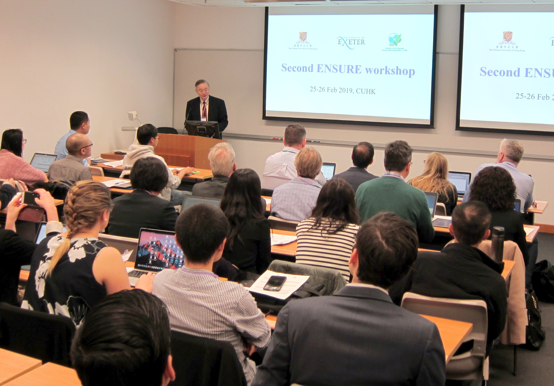 聯合研究中心所長、中大環境、能源及可持續發展研究所聯席所長劉雅章教授致開幕辭。