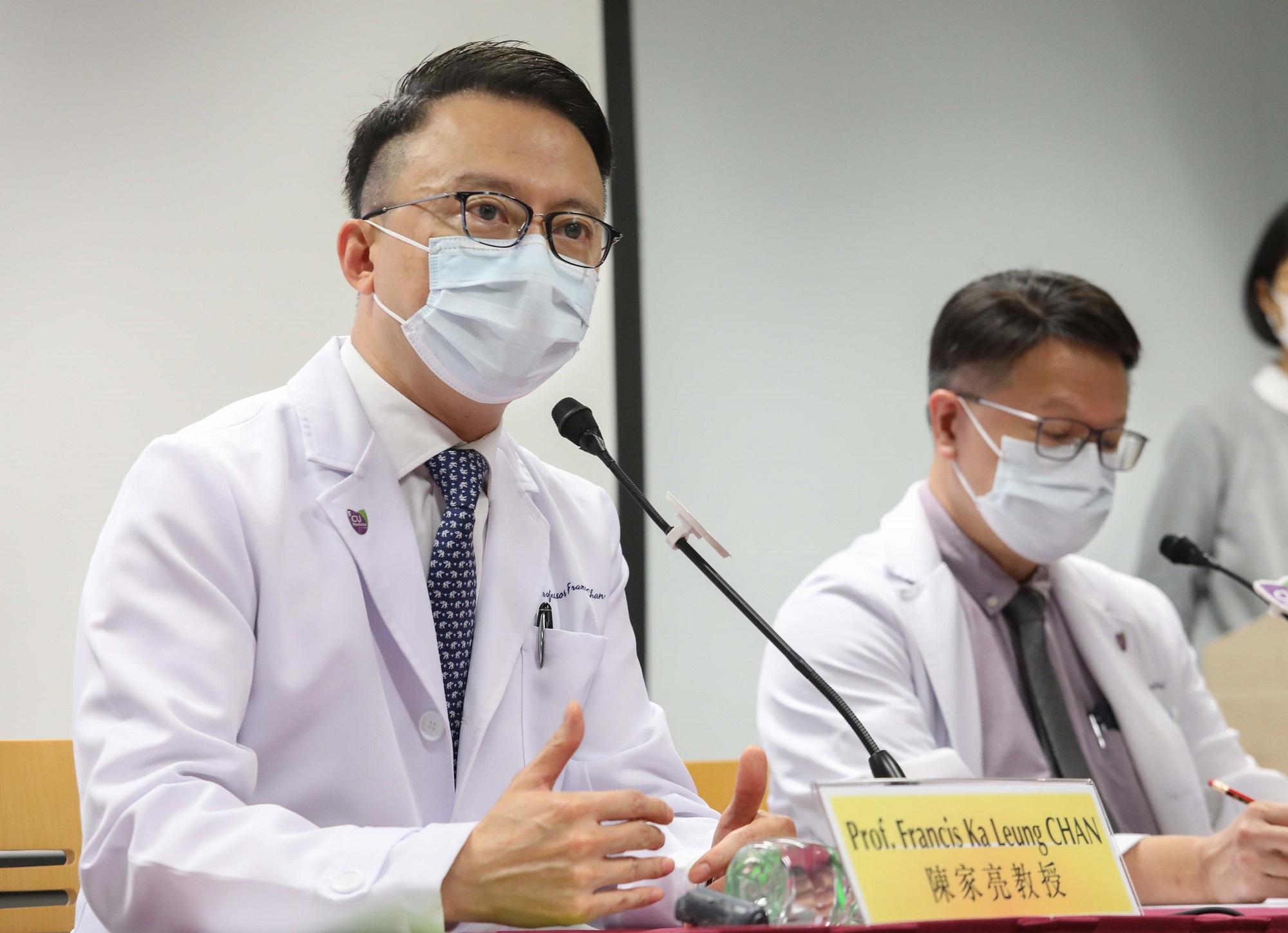 陈家亮教授提醒公众,粪便中的新型冠状病毒可能对他人造成健康危害,护理人员和负责处理食品的人士应特别注重其手部卫生。