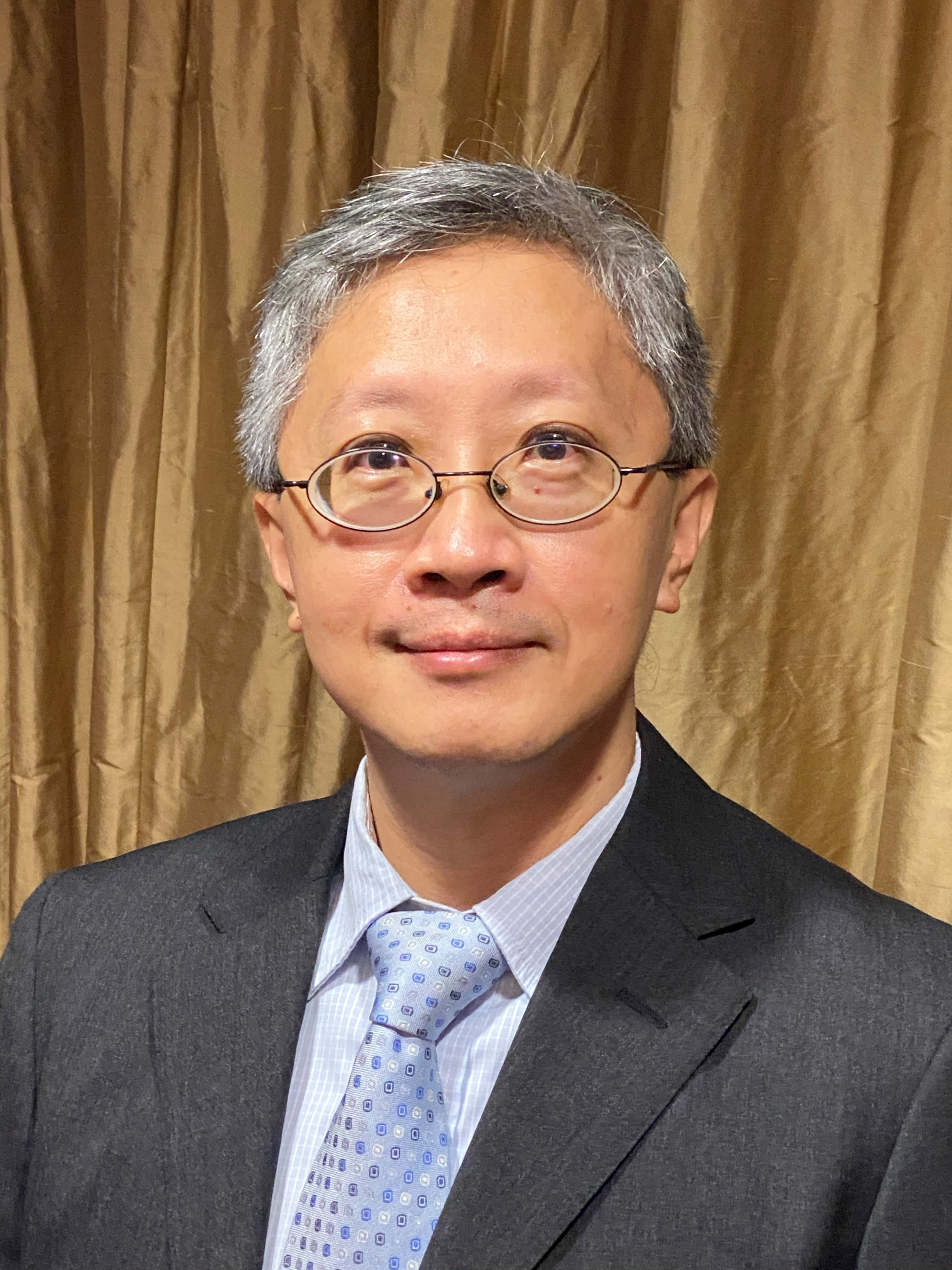 Professor Paul Lai-chuen Lam, Associate Professor of the Centre for Learning Enhancement And Research (CLEAR) was a member of the inter-institutional AIE-AR Team, which was named the 2020 UGC Teaching Award (Teams) recipient this year.