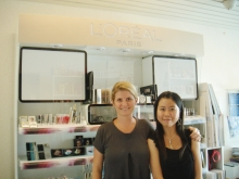 Cindy Chan (right) and her supervisor at L'Oreal, Paris