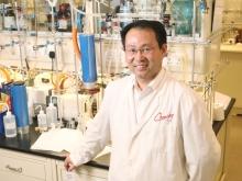 中大化學講座教授謝作偉教授