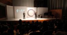 林懷民先生(右)與周保松教授與台下觀眾對談。