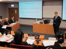 Professor Liu Mingkang, former Chairman of the China Banking Regulatory Commission lectures at the Advanced Programme for Central Bankers and Regulators on Basel III