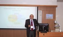 主题讲者哈佛大学Carl Steinitz教授。