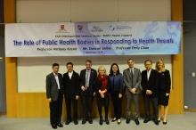中大赛马会公共卫生及基层医疗学院成员与Public Health England代表合照。