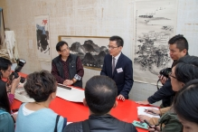 Prof Josh Jiu, Associate Director of the Art Museum and Mr. Xie Guanghan, Senior Conservator (Chinese Painting and Calligraphy) of the CUHK Art Museum, introduce Lui Shou-kwan's paintings to the press.