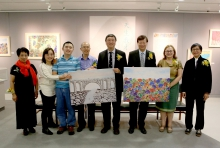 (From left) Prof. Ng Yuet-lau, President, Ling Ngai Art Association; Thomas and his parents Mr. and Mrs. Ho; Prof. Joseph Sung, Vice-Chancellor and President of CUHK; Prof. Patrick Leung, Chairperson, Department of Psychology, CUHK; Ms. Louise Jones, University Librarian; and Prof. Agnes Chan, Professor, Department of Psychology, CUHK.