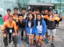 中大同學帶領北大和台大同學到本港著名景點參觀。
