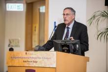 2010年諾貝爾經濟學獎得主彼得.戴蒙德教授於中大主持講座。