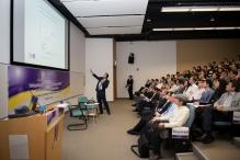 讲座吸引约160名观众出席。