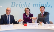 MOU signing by Prof. Joseph Sung, Vice-Chancellor of CUHK (right), Mrs. Marjan Oudeman, President of the Executive Board of Utrecht University (middle), and Prof. Meric Gertler, President of University of Toronto (left).