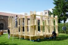 「斗室」的组件运至威尼斯,只用了三天便完成组装。