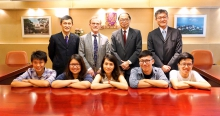 Five undergraduate students from the School of Life Sciences (front row) have been nominated to join the 'Berkeley Biosciences Study Abroad (BBSA) Programme' in the coming spring semester in 2017.