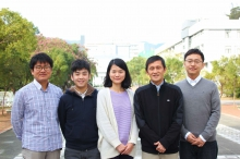 A research team led by Prof. Liwen Jiang of School of Life Sciences sheds new light on the essential role of ATG9 in plant autophagosome membrane initiation. From Left: Prof. Byung-Ho KANG; Mr. Kin Pan CHUNG; Dr. Xiaohong ZHUANG; Prof. Liwen JIANG and Dr. Yong CUI.
