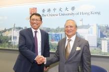 中大候任校長段崇智教授(左)及校董會主席梁乃鵬博士。