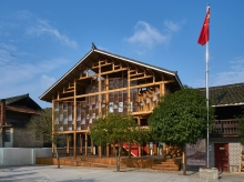 """The 200m² two-story Gaobu Book House has adopted the traditional Dong house """"Ganlan"""" as the creative starting point, where local timber is used for the framing. Photos: XU Liang Leon (PhD candidate, School of Architecture, CUHK)"""
