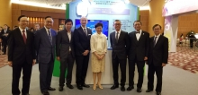 (From left) Mr Victor Lam, Chairman of Steering Committee, Hong Kong ICT Awards 2019 and Government Chief Information Officer; The Hon Nicholas W Yang, Secretary for Innovation and Technology; Dr. Jerrel Leung, Chief Architect, ubiZense; Professor Cheung Waiman, Director of AISCL, Director of Center of Cyber Logistics, Executive Director of The Asia-Pacific Institute of Business and Professor of the Department of Decision Sciences and Managerial Economics, CUHK; The Hon Mrs Carrie Lam Cheng Yuet-ngor, the Chief Executive; Mr. Steven Yiu, Deputy Director, Service Delivery of Hong Kong Airport Authority; Professor Rocky S. Tuan, Vice-Chancellor and President, CUHK; and Dr. David Chung, JP, Under Secretary for Innovation and Technology.
