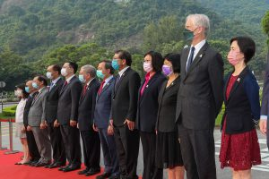 Professor Rocky S. Tuan (five from right), Vice-Chancellor and President of CUHK, Professor Alan K.L. Chan (six from right), Provost of CUHK, senior management, together with other members of the CUHK community attend the Flag-raising Ceremony.