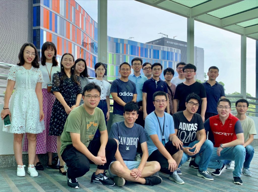 Professor Liming Bian, Department of Biomedical Engineering, Faculty of Engineering, CUHK (6th from left, back row) and his research team.