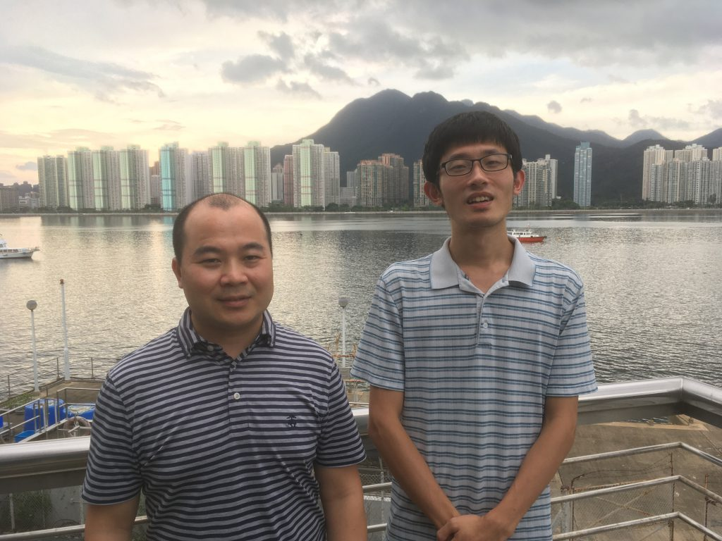 Professor Haiwei LUO (left) and Dr. Sishuo WANG (right) at Simon F.S. Li Marine Science Laboratory, CUHK.