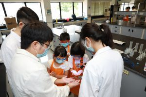 """Children learning how simulated germs stay on their hands after """"normal"""" handwashing"""