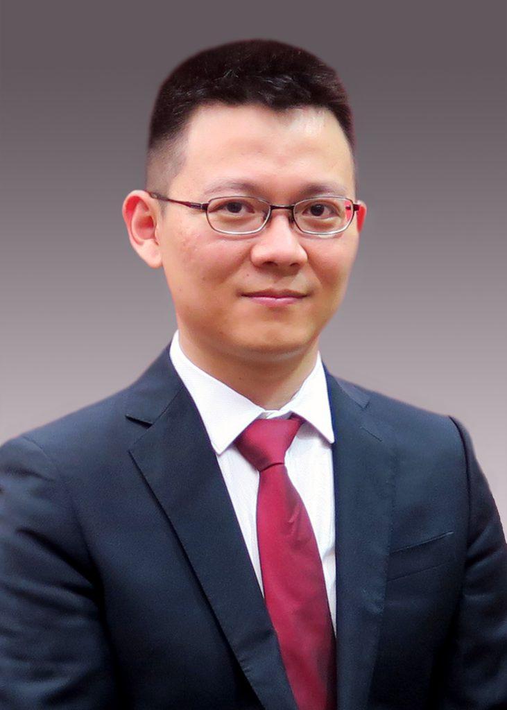 訾雲龍教授。